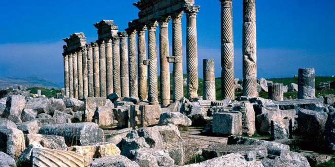 Греция рекомендует туристам запастись наличными