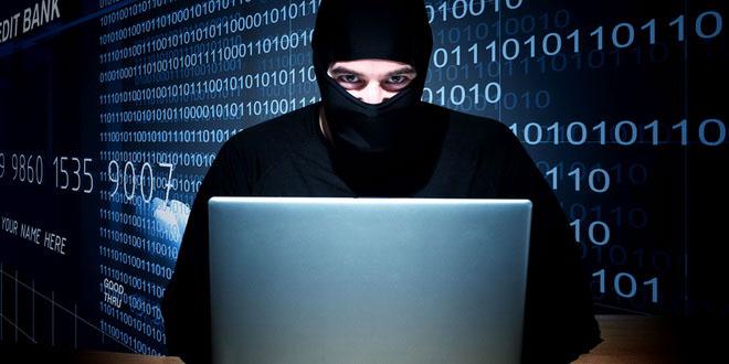 «Хакер-бандеровец» угрожает турфирмам Санкт-Петербурга