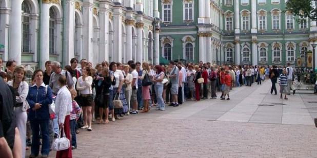 Внутренний турпоток в Петербург возрос на 20-30%