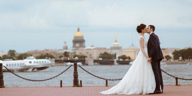 В Петербурге представили гид для влюбленных «Петербург свадебный»