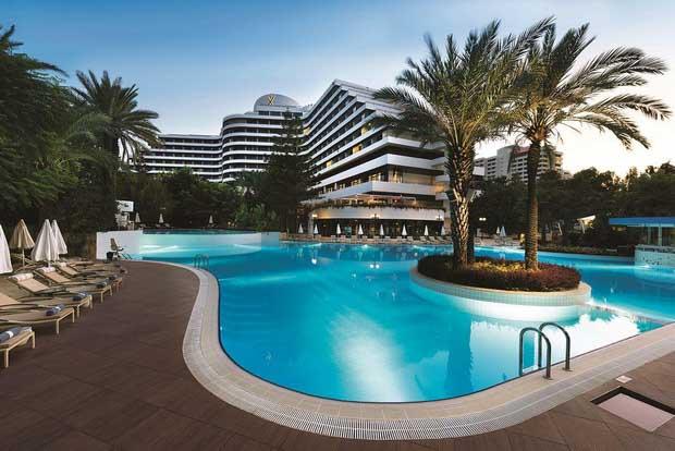Отели Антальи с подогреваемым бассейном
