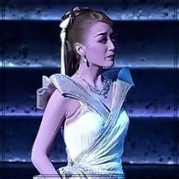 花乃まりあ,宝塚歌劇団,96期生,花組,トップ娘役,女優,宙組時代