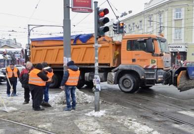OPREZNO ZA VOLANOM: Sneg napadao širom Srbije, prilagodite brzinu