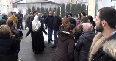 Protest roditelja i nastavnika u Ekonomsko-trgovinskoj školi