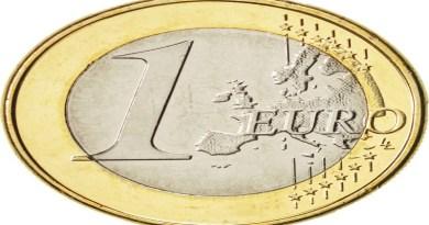 Evro danas 117,76 po srednjem kursu