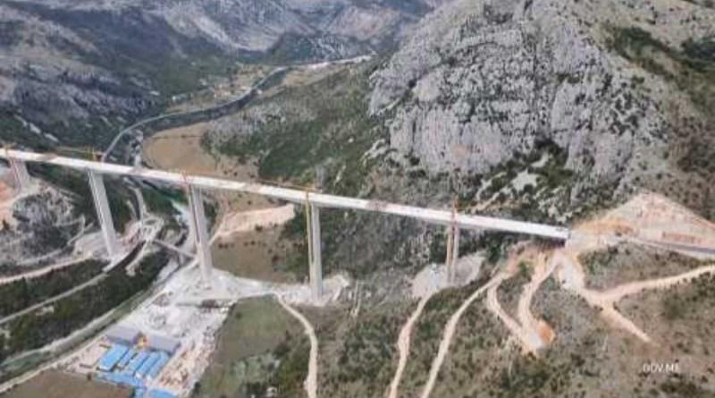 Pogledajte kako izgleda spojeni most Moračica, Marković sjutra obilazi velelepno zdanje