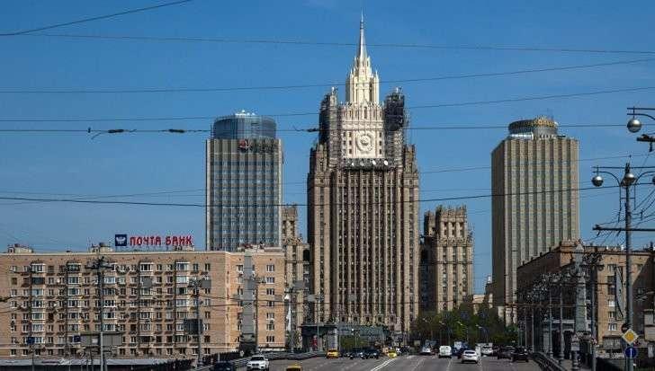 Россия приступила к разработке ответных мер на санкции США, заявили в МИД
