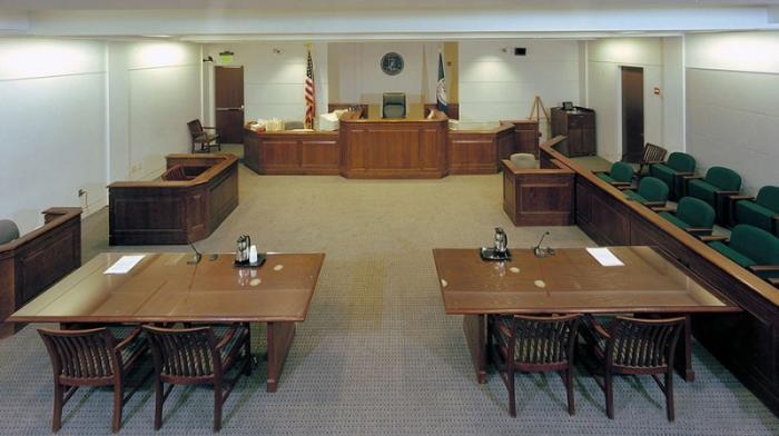 Федерального судью США «ушли» в отставку после обвинений в домогательствах