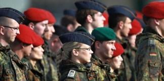 Германия готовится отправить солдат в Восточную Украину