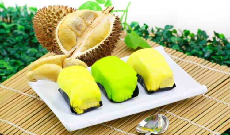 Menikmati Kuliner Pancake Durian di Medan