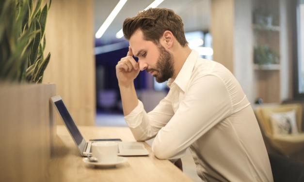 4 Hal yang Harus Dilakukan Agar Mengerjakan Skripsi Tidak Jadi Beban