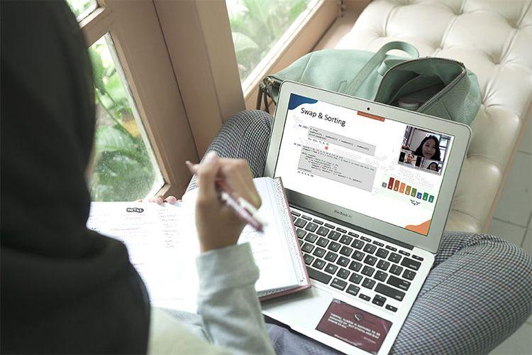 Kuliah online di Universitas Terbuka