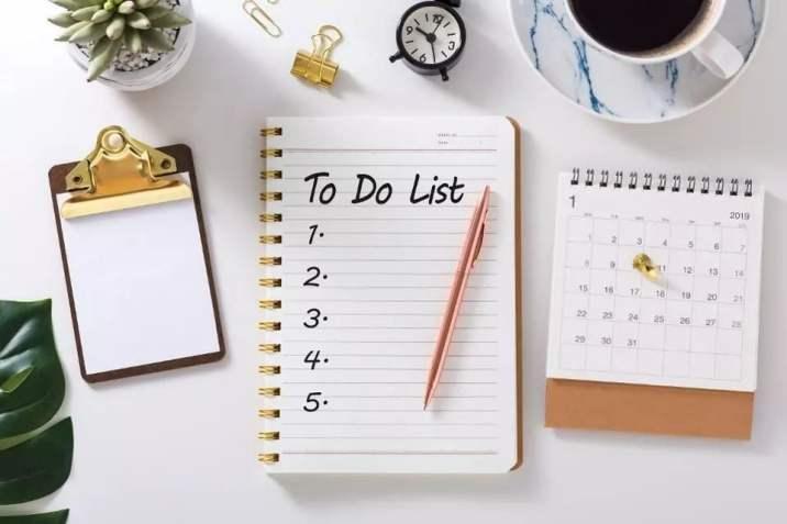 Membuat list kerjaan harian agar disiplin