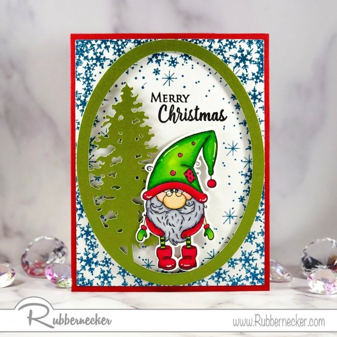 Christmas cards with gnomes are all the rage, like this quick and easy handmade Christmas card