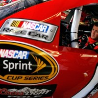 NSCS: Kahne Cruises To Third Pole Of 2010