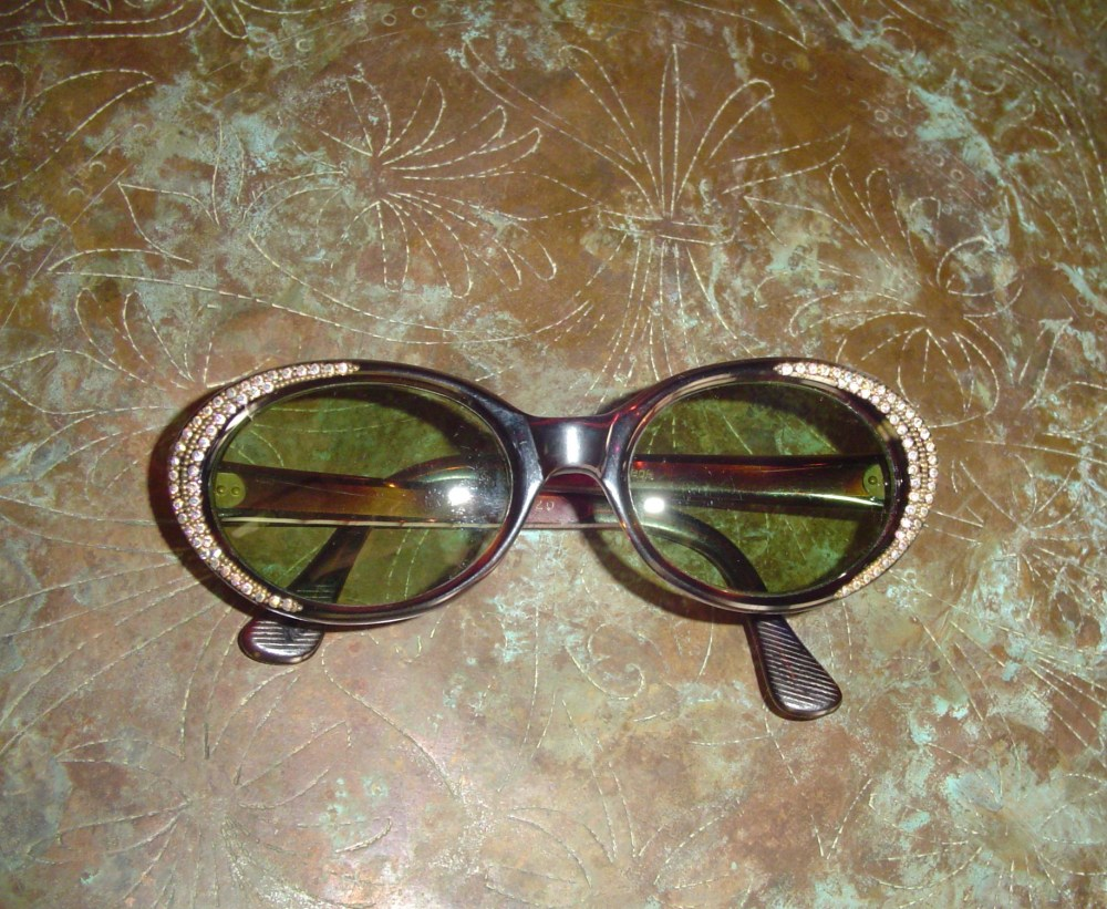 My vintage sunglasses  (1/6)