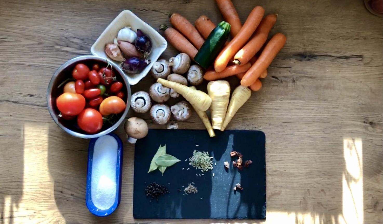 Gekörnte Instant Gemüse Brühe selber machen