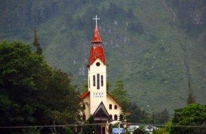 Gereja-HKBP-Tomok