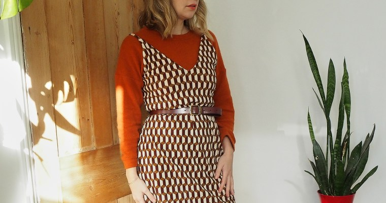 PATTERN REVIEW – MAKING THE TAMMY HANDMADE – LEONA DRESS AND MY TIPS FOR SEWING WITH VELVET
