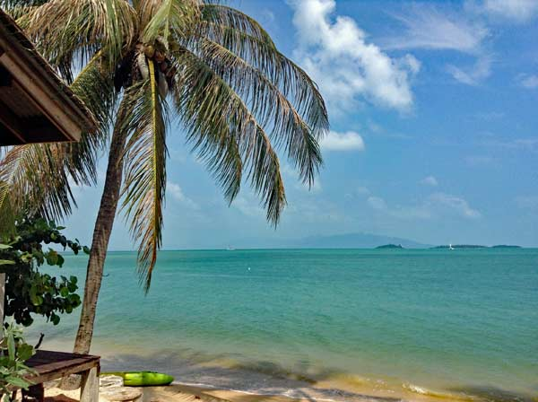 Einsame Strände auf den Inseln in Thailand