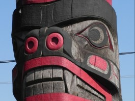 Totem Vancouver Island
