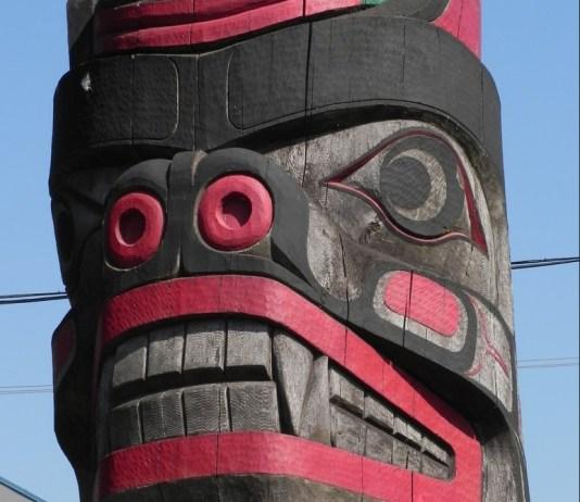 Totem Vancouver Island
