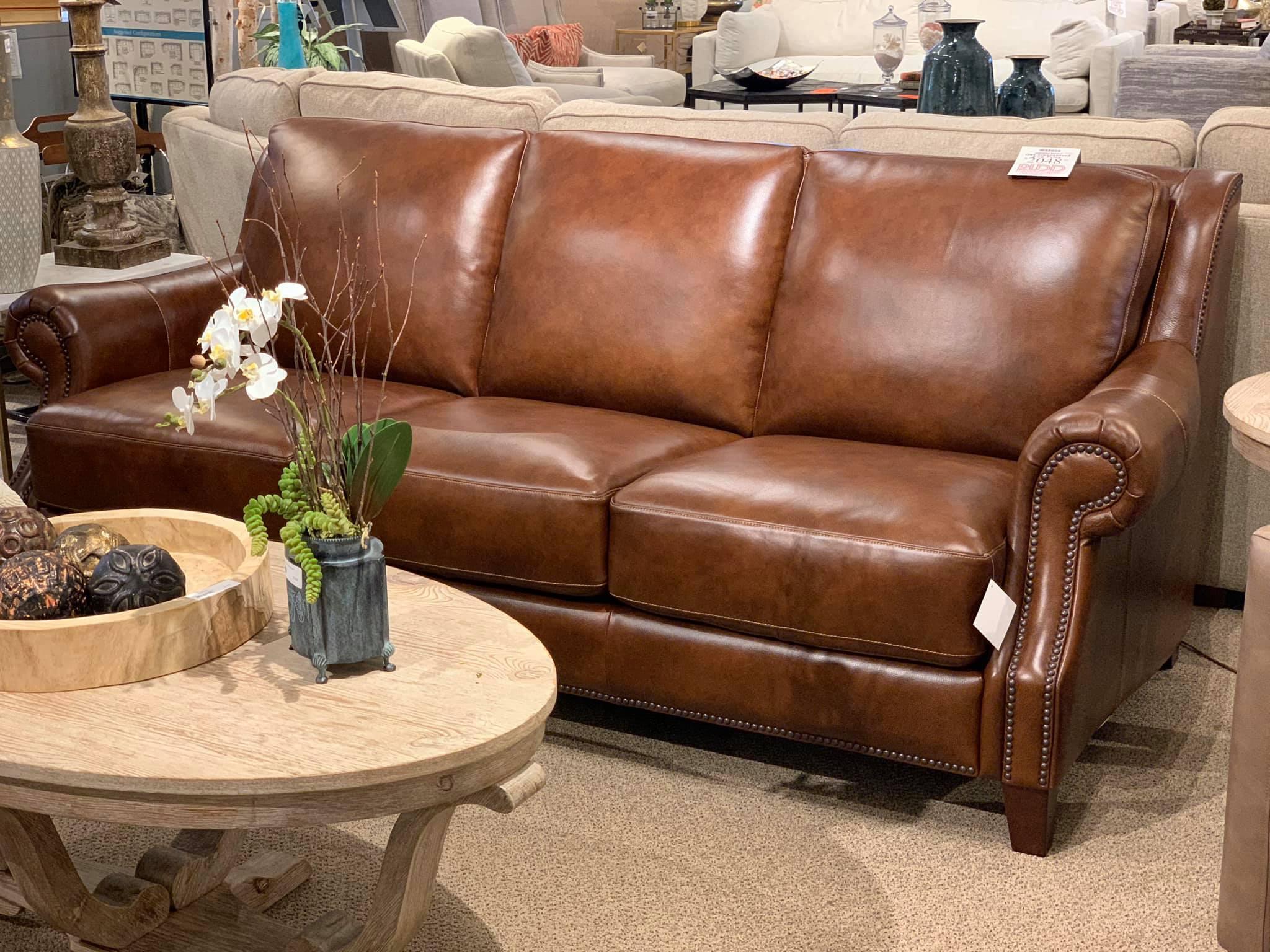 3963 62s Bassett Leather Sofa Rudd Furniture