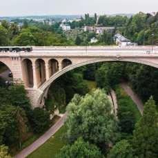 Most Adolfa Luksemburg miasto