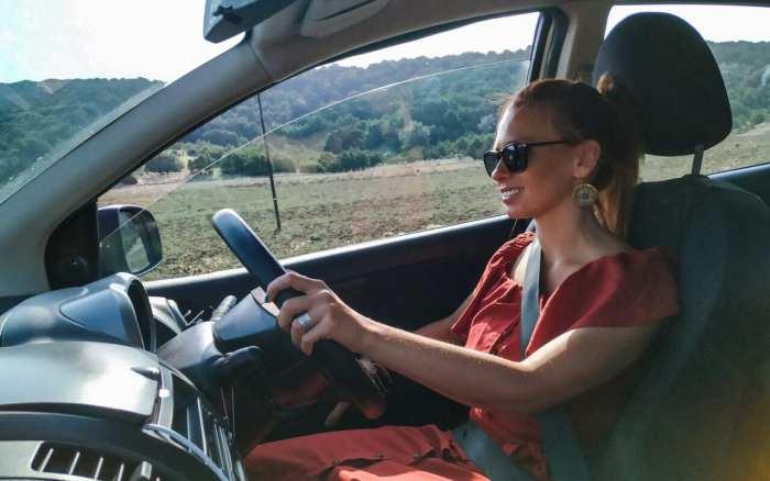cypr-północny-jazda-samochodem