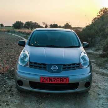 cypr-północny-samochód
