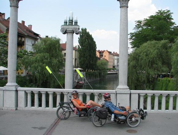 s-kolesom-v-lj-junij-2010-2-large.jpg