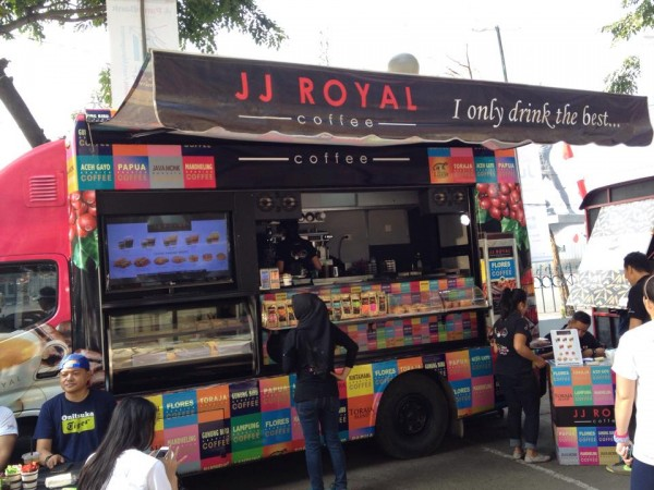 Booth JJ Royal