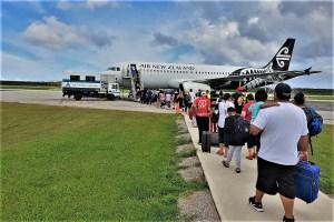 Flieger von Tonga nach Auckland
