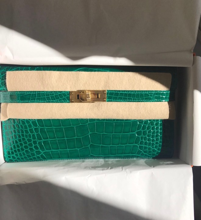 Hermes Kelly wallet Emerald GHW.jpg