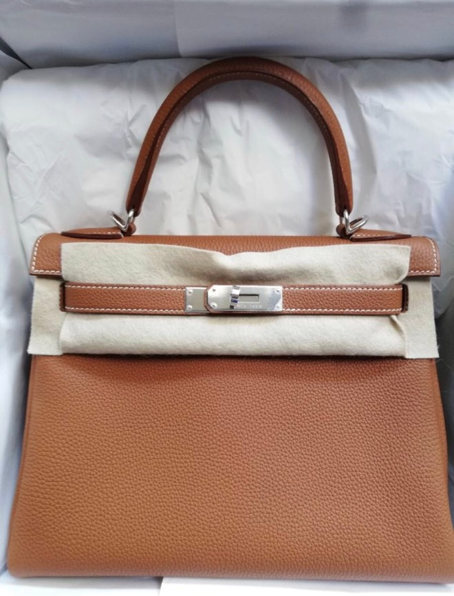 e7443fedb0ce Hermes Kelly 28 Gold Togo GHW Bag in 2018