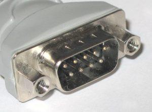 Conector DB-9 macho