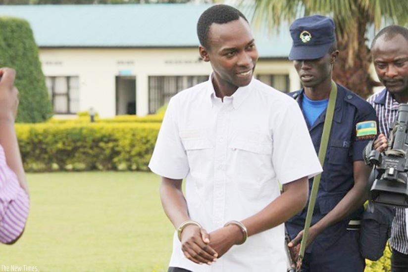 Cassien Ntamuhanga: Uwitwa Ngarambe abanza gusogongera mbere yuko benshi muri bariya bagore bajya kuri lisiti y'abadepite
