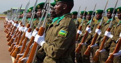 Igisilikari cya Kagame gikomeye hejuru nk'icukiro. Nguko uko ingabo za Kagame zimeze nk'amase y'inka ukandagira hejuru mugihe cy'izuba agahita ashwanyuka!!!!!