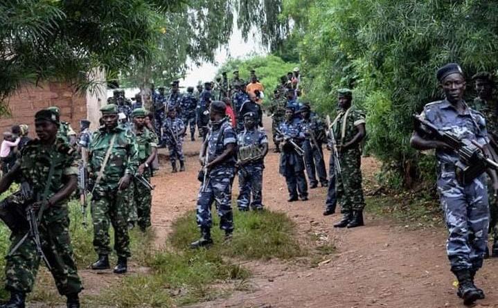 Abasirikari barenga 300 b' uBurundi binjiye Congo guhiga abateye ibirindiro byabo mu Cibitoke.
