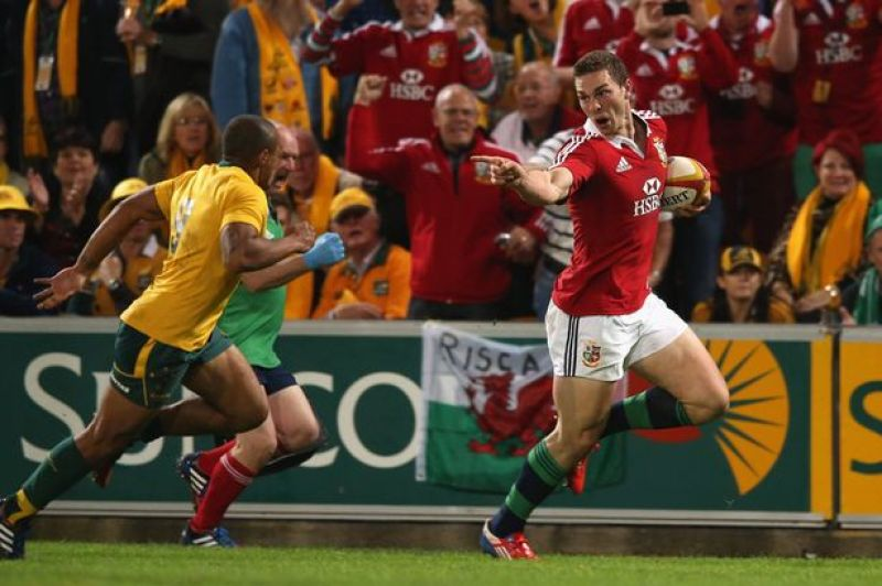 George-North-of-the-Lions-taunts-Will-Genia-1990475