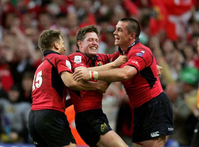 Shaun Payne Ronan O'Gara and Alan Quinlan celebrate the final whistle  20/5/2006