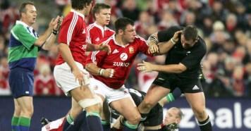 Julian-White-British-Lions-Fight
