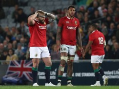 AUCKLAND, NEW ZEALAND - JUNE 07: Courtney Lawes of the British & Irish Lions and teammates look on during the 2017 British & Irish Lions tour match between the Blues and the British & Irish Lions at Eden Park on June 7, 2017 in Auckland, New Zealand. (Photo by David Rogers/Getty Images)