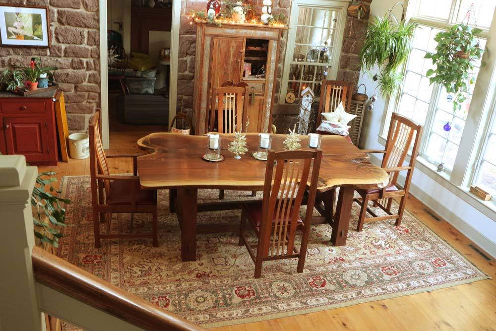 Small Round Kitchen Table