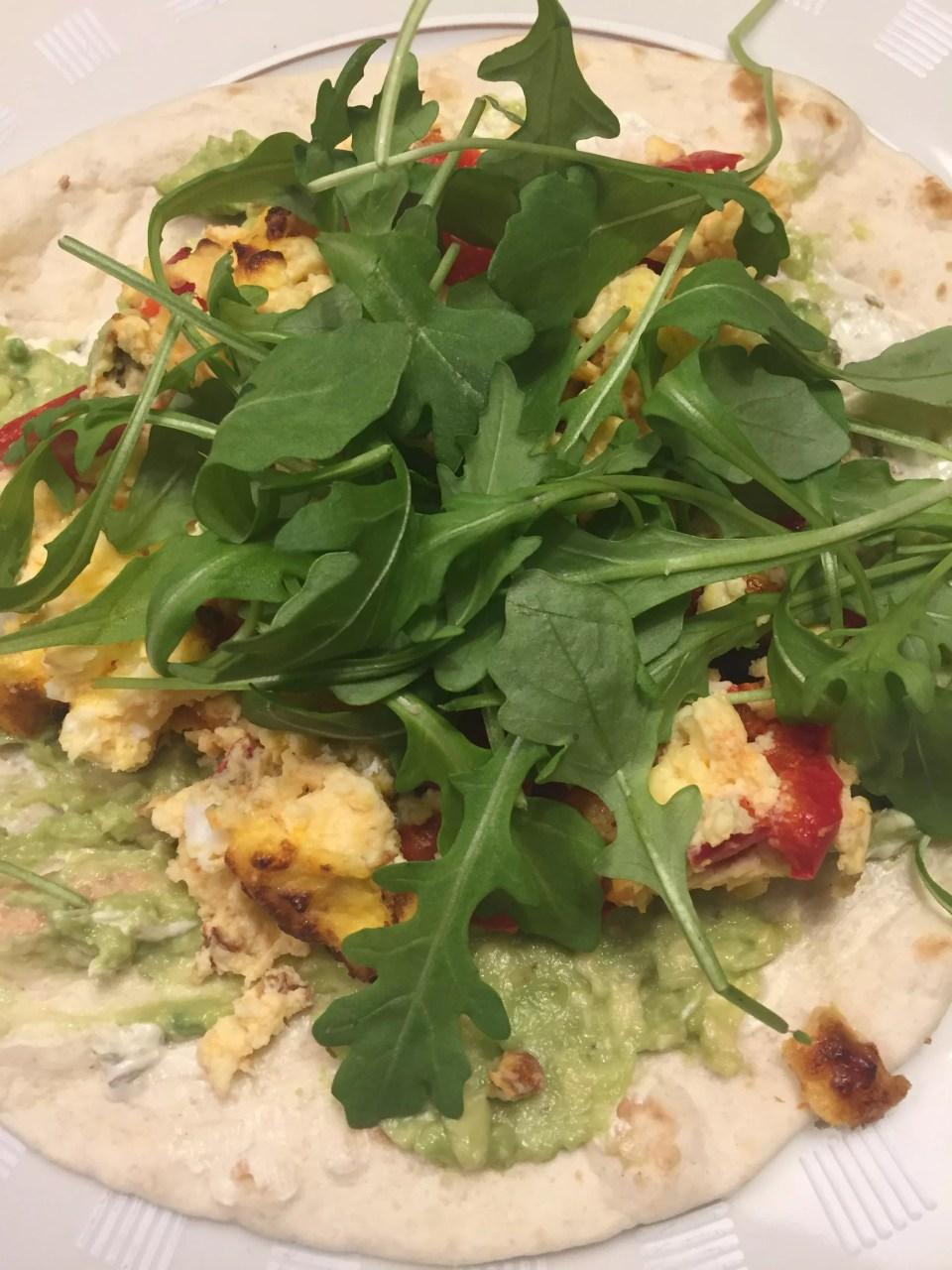 omelet met avocado