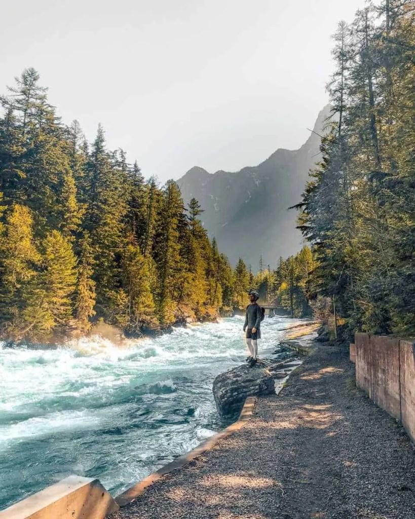 glacier national park spring, spring in glacier national park, glacier national park in spring, glacier national park in the spring, best time to visit glacier national park,