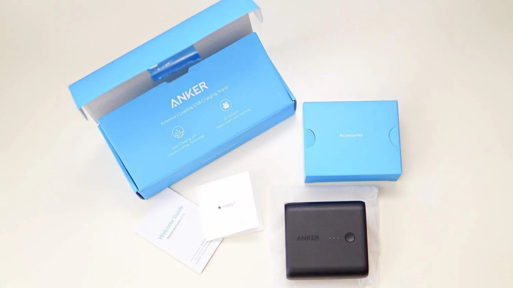 Anker PowerCore Fusion 5000の同梱物