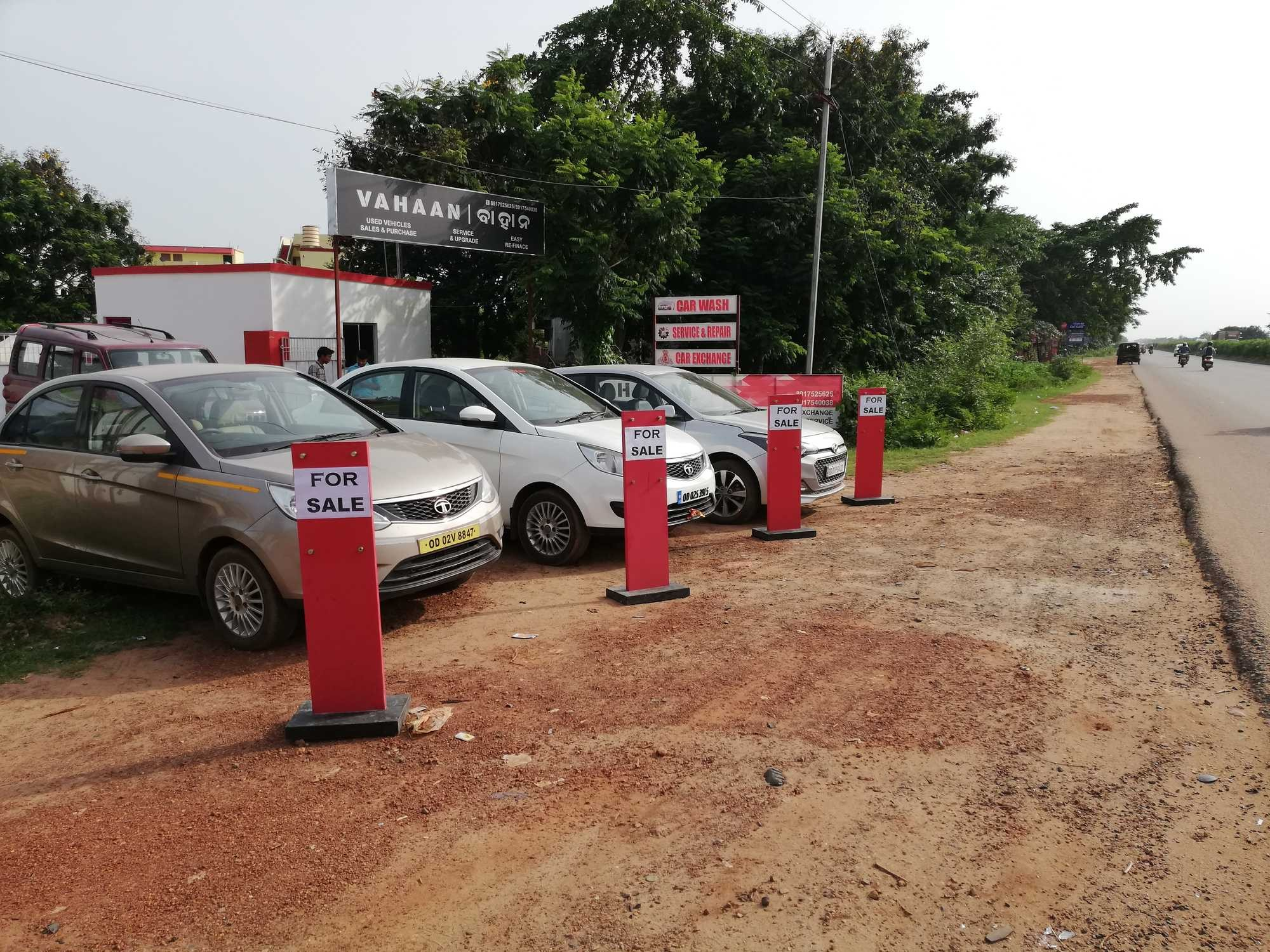 Vahaan s Tamando Bhubaneshwar Second Hand Car Dealers