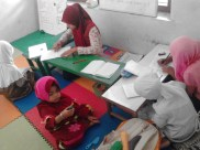 Kegiatan Belajar Sholat di Rumah Cerdas Islami (14)