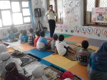 Kegiatan Belajar Sholat di Rumah Cerdas Islami (41)